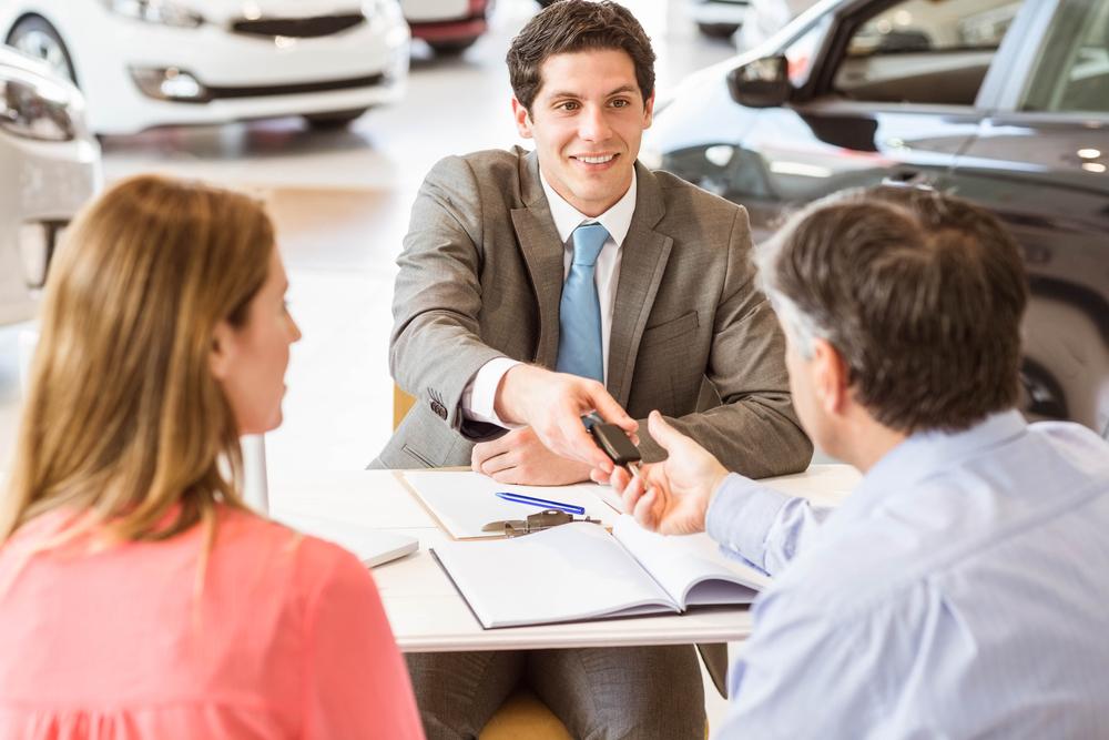 consejos para comprar carro en Colombia